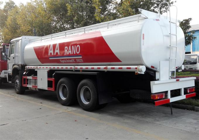 Petrol Diesel Tank Fuel Delivery Truck 20 Ton 25000 Liters High Performance