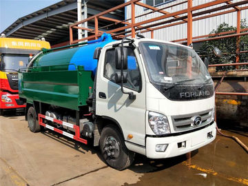 China Sewage Suction Cleaning Truck 5000 Liters Dust Tank With 2000 Liters High Pressure Water Tank factory